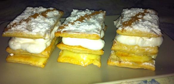 Milhojas de crema & merengue