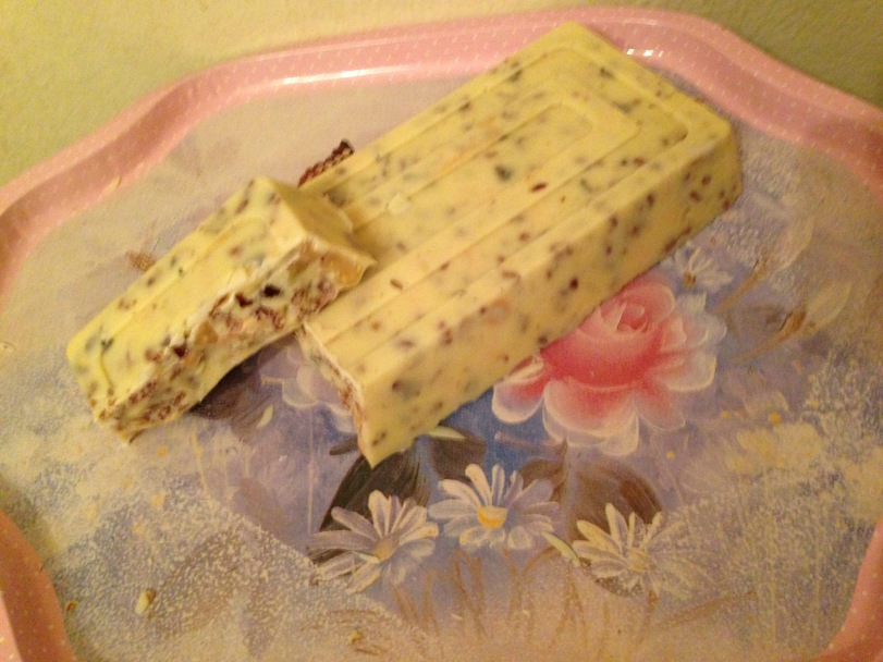 Turron de choclolate blanco & frutos secos
